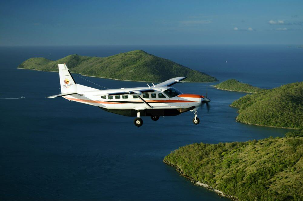 GSL Aviation Reef and Island Scenic Flight - flying over Whitsunday islands
