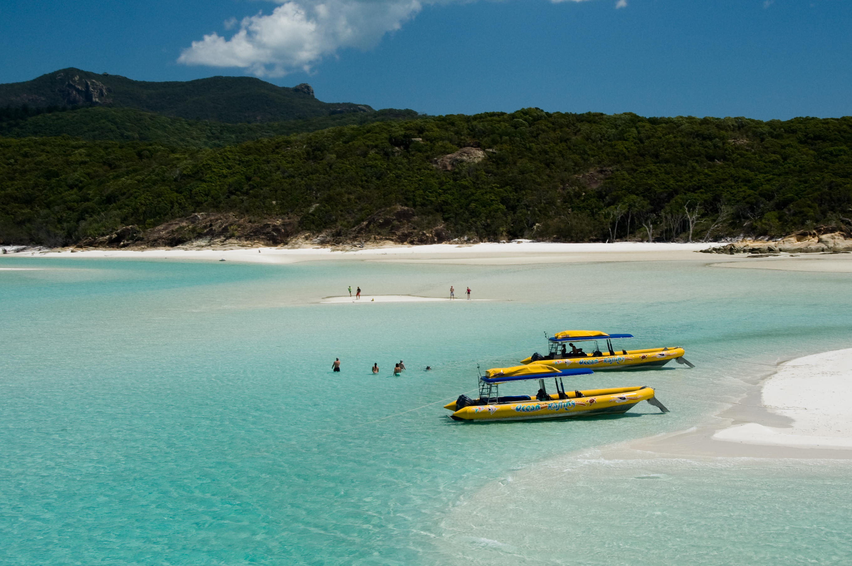 Ocean Rafting Northern Exposure - on the whitehaven beach