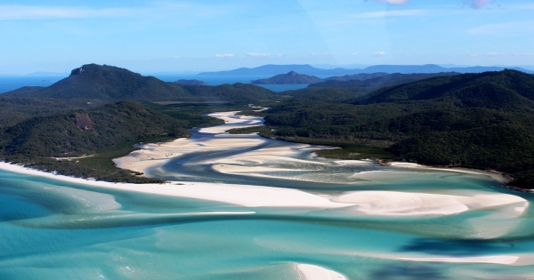 GSL Aviation Reef and Island Scenic Flight - Whitehaven beach