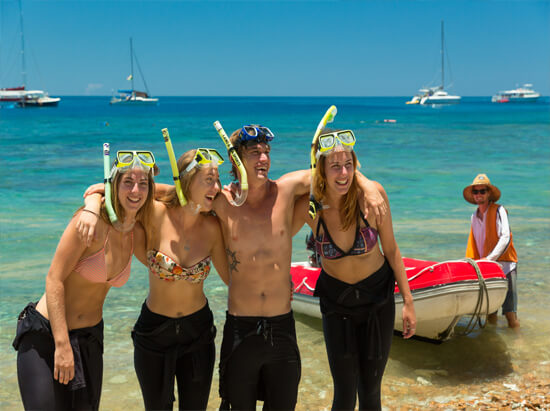 Siska Overnight Tour - Whitsundays - Snorkellers