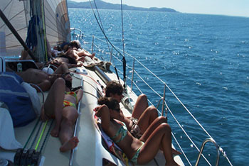 Eureke II 2 days 1 night Overnight Tour - Whitsunday Islands - Group