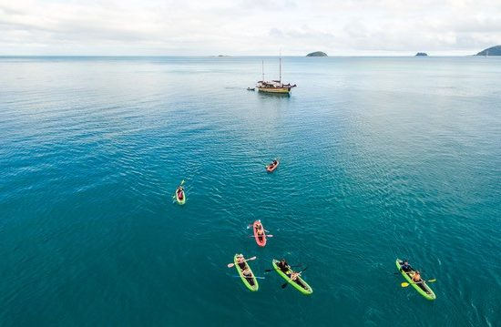 Summertime Overnight Tour - Whitsundays - kayaking
