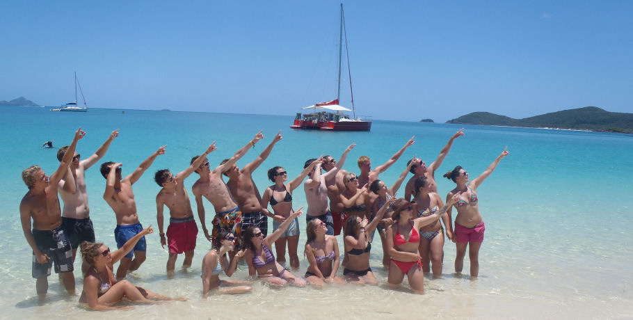 Tongarra Overnight Tour - Whitsundays - group on whitehaven beach